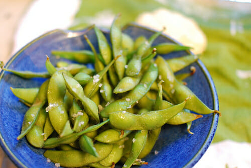 Edamame salad (photo credit: Dea Bee)