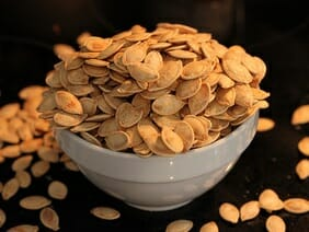 pumpkin seeds high in iron