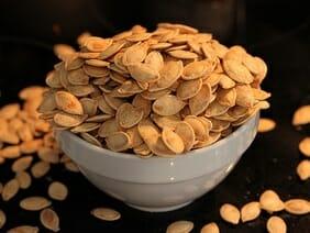 pumpkin seeds high in iron